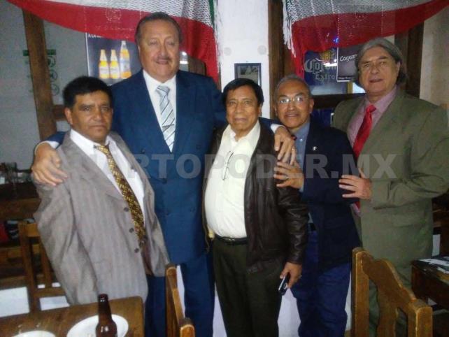 Celebran Día del Locutor con entrega de reconocimientos