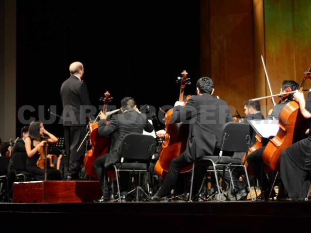 Sinfónica de Chiapas, orquesta profesional con becarios