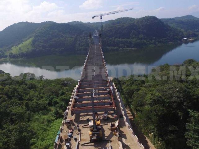 Confirma SCT suspensión de puente atirantado