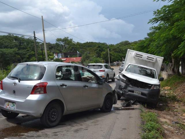 Carreterazo se salda con dos lesionados