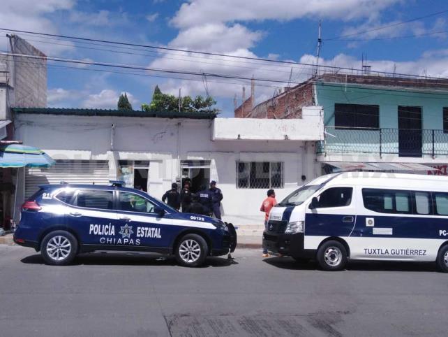 Policía fue encontrado ahorcado en el centro