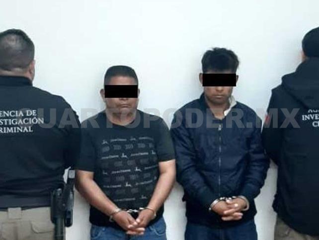 Dos detenidos por llevar a varios indocumentados