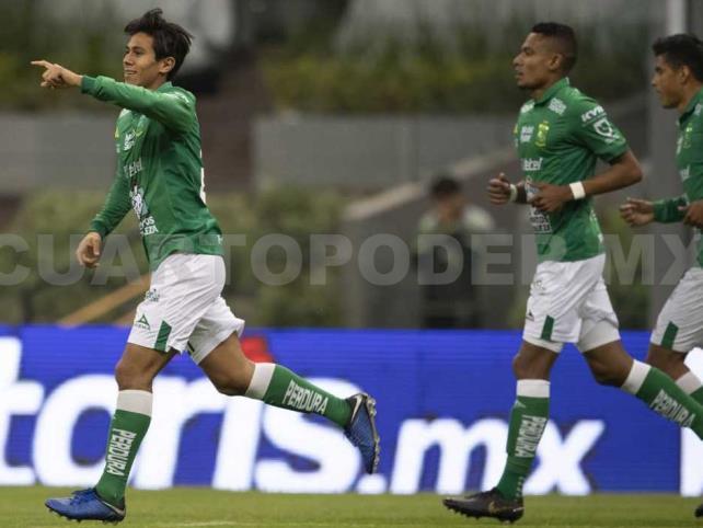 León viene de atrás y derrota a Pumas