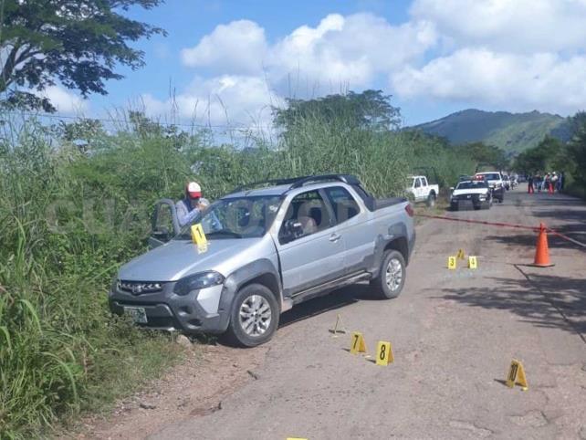 A balazos asaltantes roban 300 mil pesos