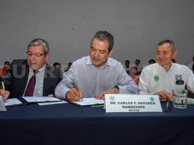 Establece Unach acuerdo de vinculación internacional