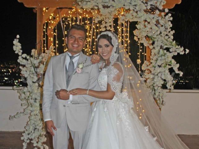 Tania y Manuel, unidos en matrimonio