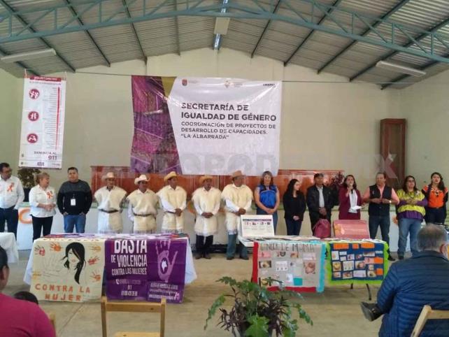 Instituciones llevan servicios a comunidades indígenas