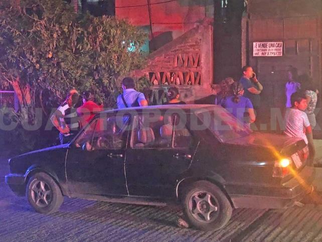 Se ahorcó taxista en presencia de sus hijos