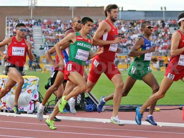 Jesús Esparza da la marca en maratón