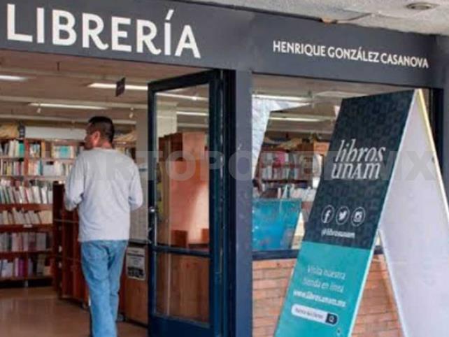 Reabren librería dañada en marcha feminista