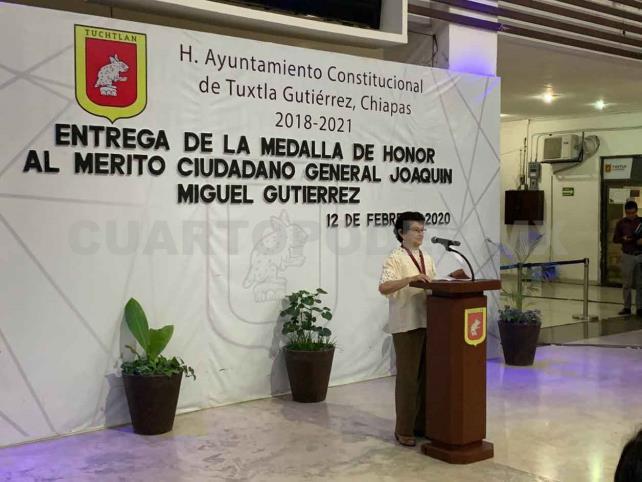 Entregan Medalla al Mérito Ciudadano a Gilda Rincón