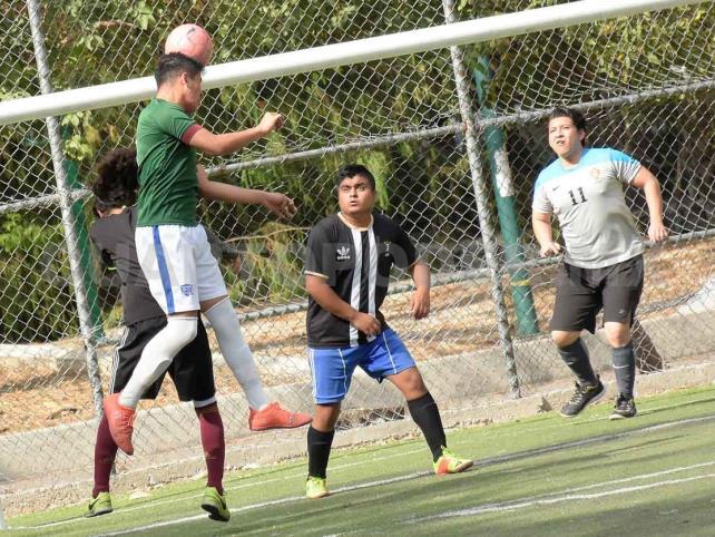 Torneo Universitario inicia con goleadas