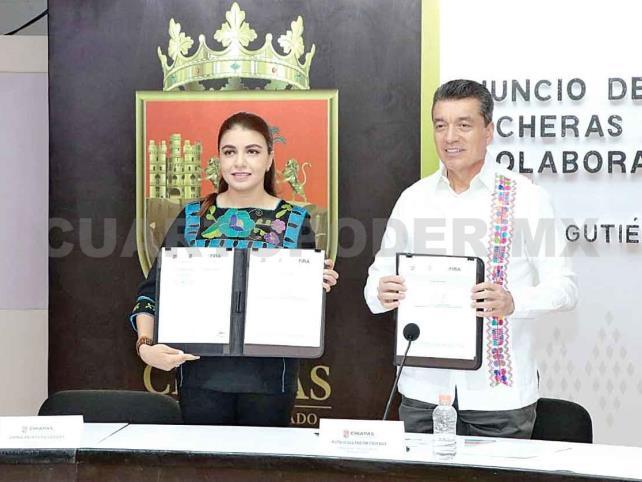 Firma Escandón convenio del programa Cuencas Lecheras
