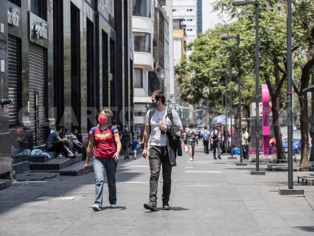 México llega a mil 351 fallecimientos por Covid-19