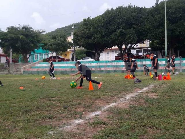 Escuela Bonampak FC espera paciente