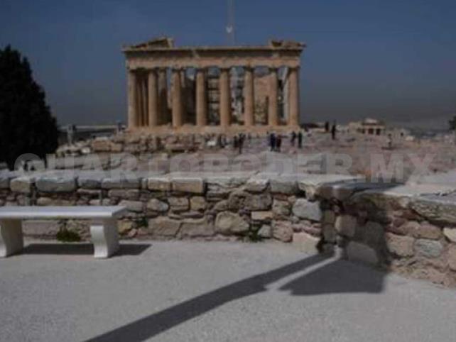 Grecia vuelve a abrir la Acrópolis