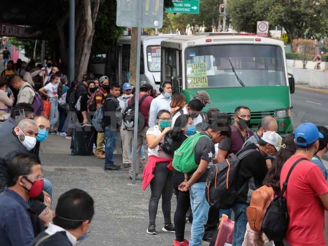 México continúa en semáforo rojo