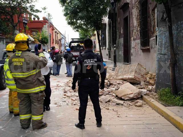 Suman 5 muertos por sismo en Oaxaca