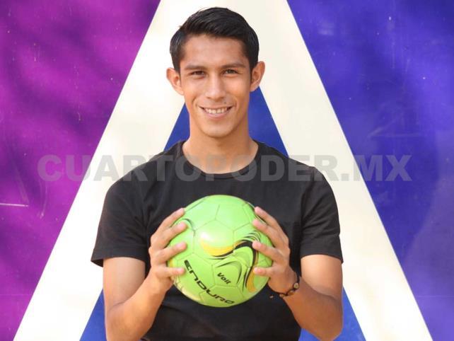 Iván Hernández volvió con pilas recargadas
