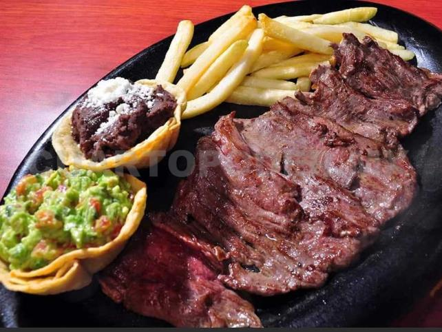 La Noria Restaurante & Parrilla