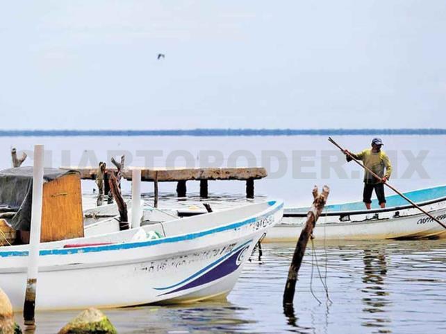 Autoridades suspenden actividades pesqueras en el municipio de Tonalá