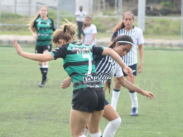 Jaguares Unicach rugió fuerte en su debut