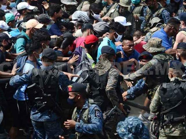 Caravana desafía al Covid y entra a Guatemala