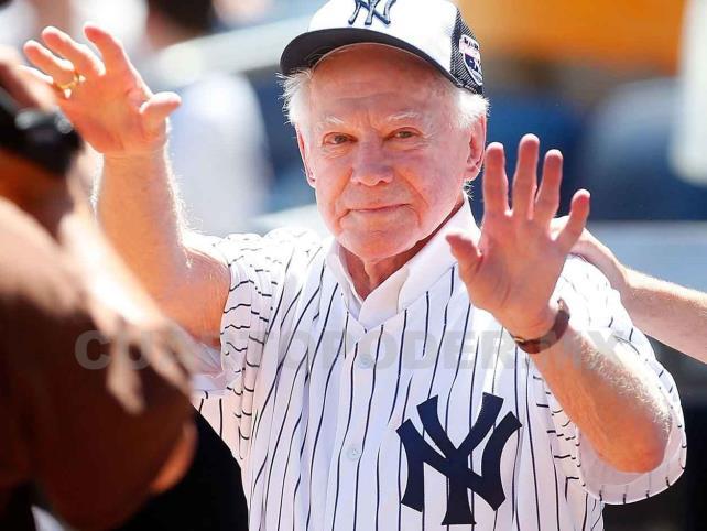 Fallece Whitey Ford, legendario lanzador de los Yankees