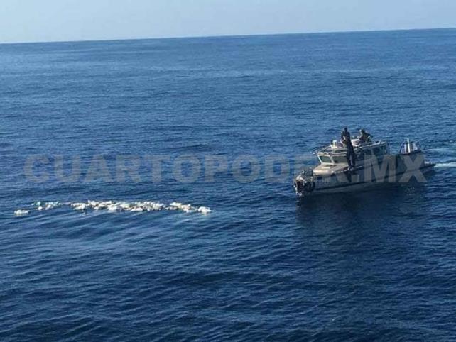 Aseguran 850 kilos de cocaína en alta mar