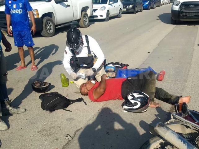 Pareja fue arrollada por condutor de camioneta