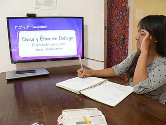 Se retoman clases a distancia en Oaxaca