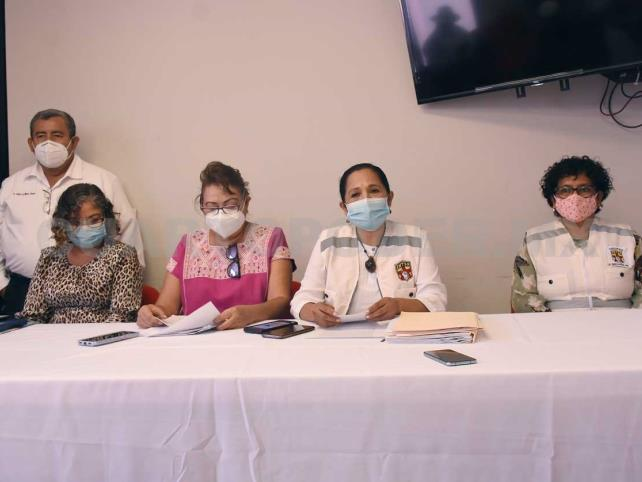 Piden vacunar a todo el personal de salud