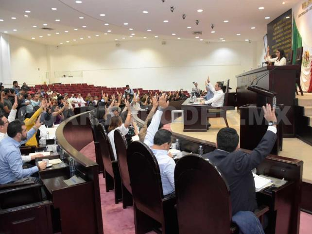 Diez legisladores cambiaron de partido