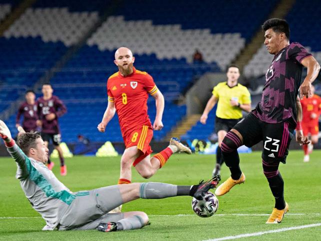 "Gales propina segunda derrota al ""Tata"" Martino"