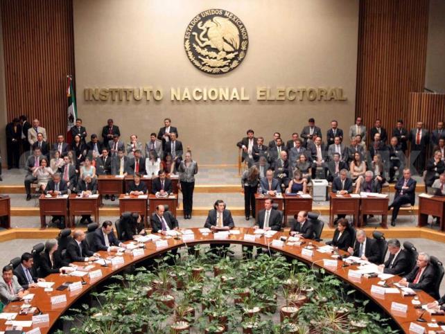 Publican lista de candidatos a diputados federales