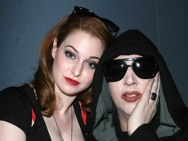 Esmé Bianco demanda a Marilyn Manson