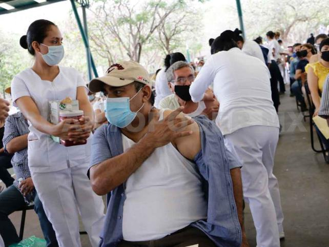 Buena afluencia en el proceso de vacunación