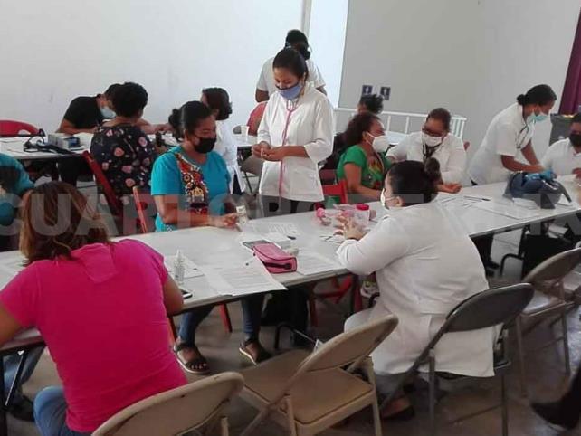 Amplían vacunación en municipios del Soconusco