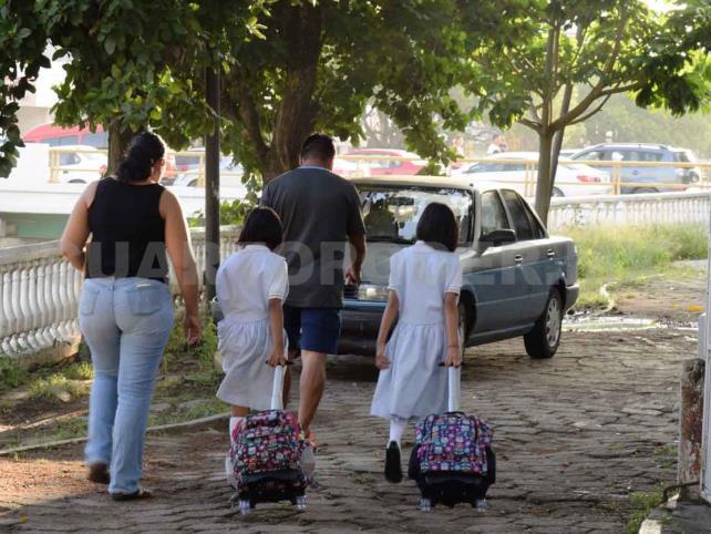 No al regreso a clases presenciales: padres