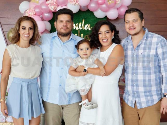 Camila Emilia recibió las aguas bautismales
