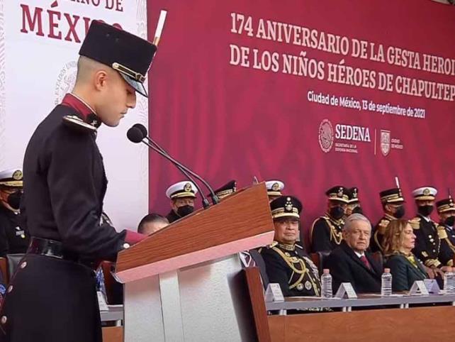 Cadete del Colegio Militar refrenda lealtad