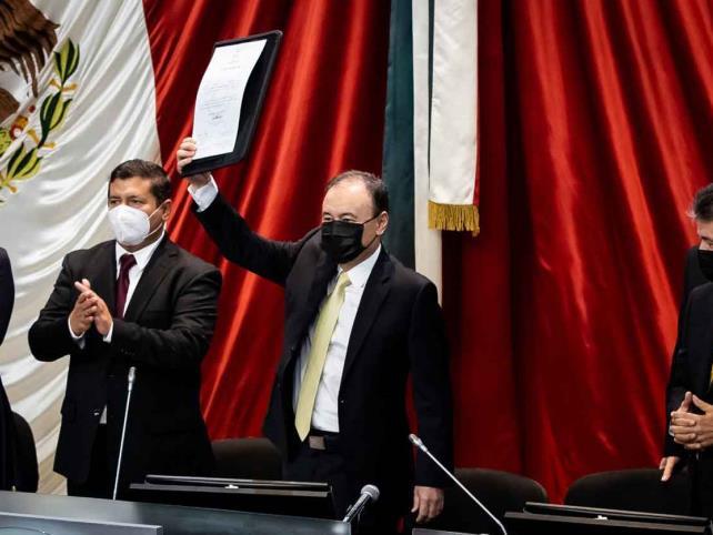 Durazo rinde protesta como gobernador