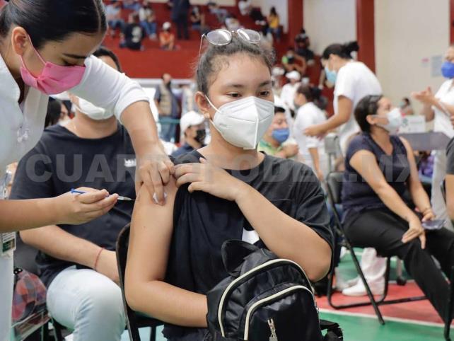 Van por 2.2 millones de chiapanecos vacunados