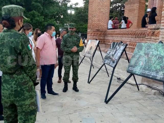 """Inauguran exposición """"200 Años de Lealtad"""""""