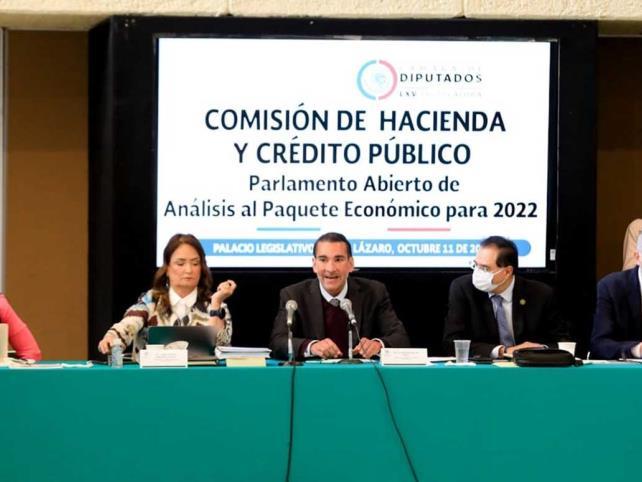 Realizan parlamento para Paquete Económico 2022