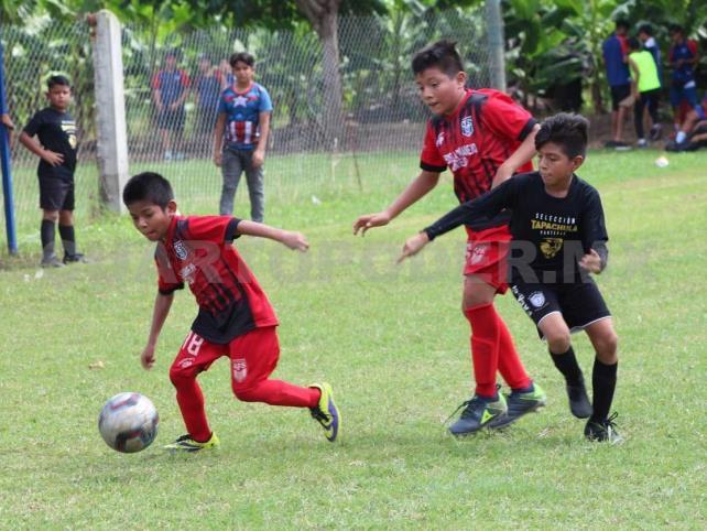 Afrach define a sus campeones infantiles