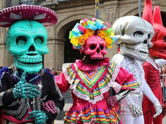 Anuncian desfile de Día de Muertos 2021